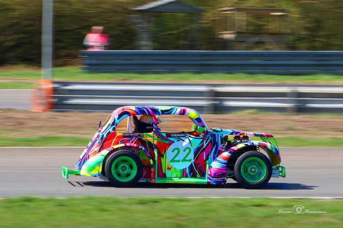 Racerbil med farver :)